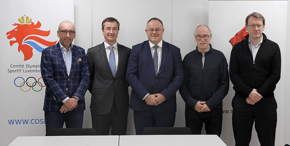 Signature of the statutes of the Luxembourg Institute for High Performance in Sports